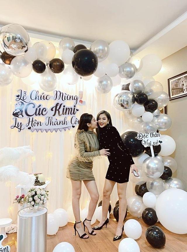 Cô gái Thái Nguyên được hội bạn thân tổ chức tiệc mừng ly hôn linh đình - 3