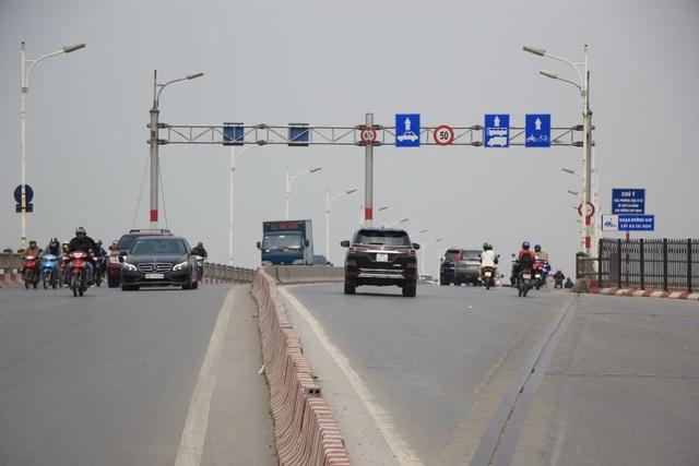 Toàn cảnh giao thông cầu Vĩnh Tuy trước khi xây cầu Vĩnh Tuy 2 - 9