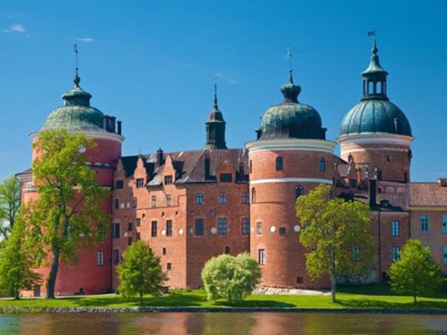 """Hoàng gia Thuỵ Điển và """"bộ sưu tập"""" cung điện ấn tượng - 9"""