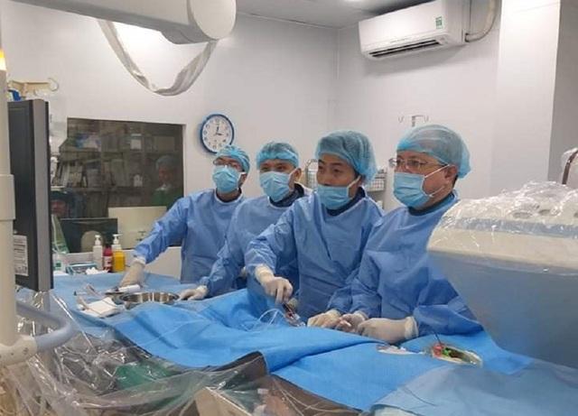 Hiếm gặp: Bệnh nhân có trái tim nằm bên phải bị nhồi máu cấp - 2