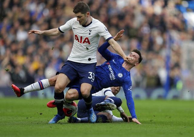 Chelsea 2-1 Tottenham: Hat-trick chiến thắng cho Lampard - 5