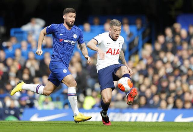 Chelsea 2-1 Tottenham: Hat-trick chiến thắng cho Lampard - 4