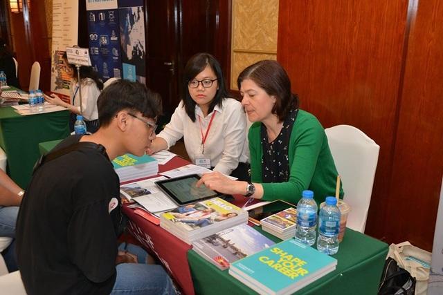 """""""Mưa học bổng"""" 50% - 100% đổ bộ sự kiện du học Anh quốc lớn nhất Đông Nam Á - EDUUK 2020! - 3"""