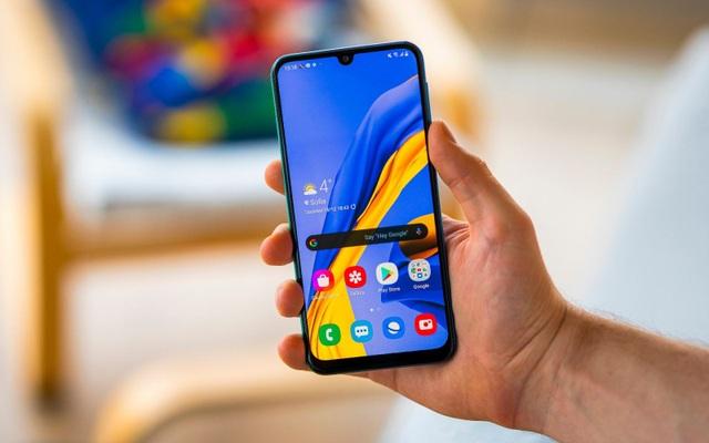 Sở hữu smartphone pin 6.000mAh với giá chưa đến 5 triệu tại FPT Shop - 1