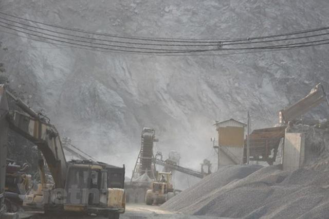 Tước quyền sử dụng giấy phép khai khoáng của Công ty xi măng Kiên Giang - 1