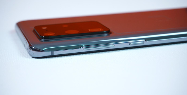 Mở hộp Galaxy S20 Ultra chính hãng giá gần 30 triệu đồng - 3