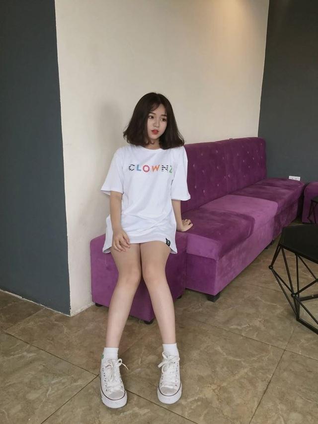 Nữ sinh Hà Nội 1m52 nổi trên trang Trung Quốc: Ra đường là được trầm trồ vì mặc xinh - 11