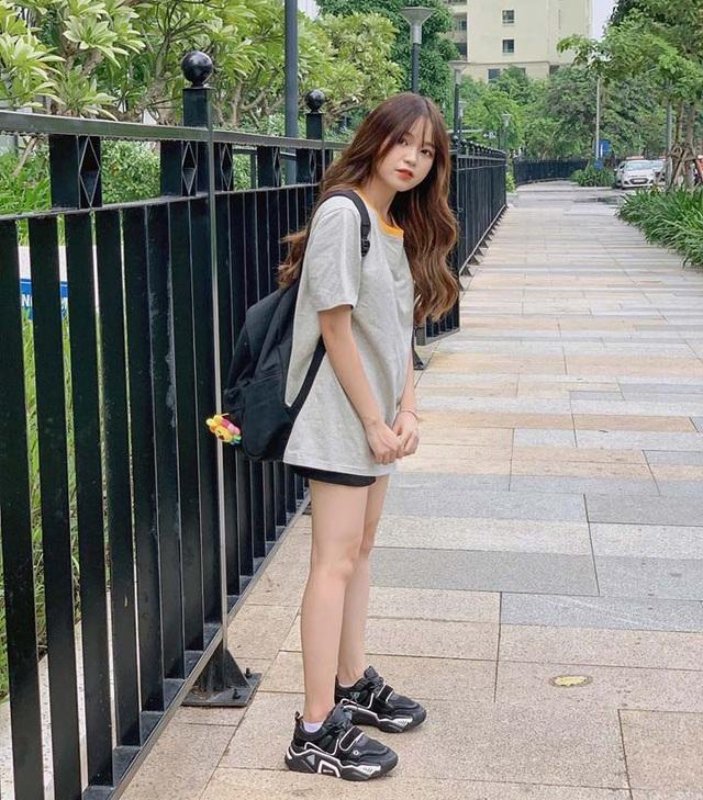 Nữ sinh Hà Nội 1m52 nổi trên trang Trung Quốc: Ra đường là được trầm trồ vì mặc xinh - 12