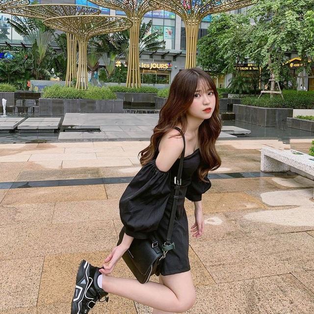 Nữ sinh Hà Nội 1m52 nổi trên trang Trung Quốc: Ra đường là được trầm trồ vì mặc xinh - 6