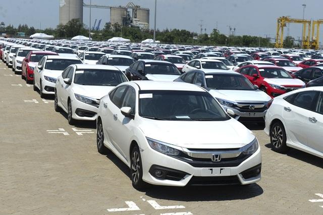 Hãng xe chạy bão doanh số, ô tô Indonesia về Việt Nam giá rẻ giật mình - 4
