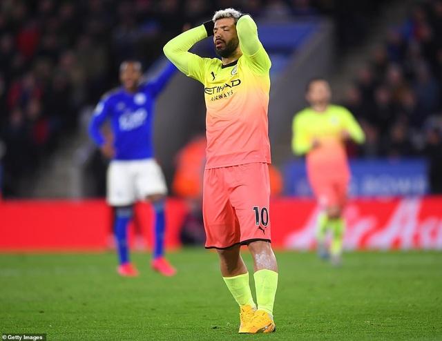 Leicester 0-1 Man City: Aguero sút hỏng phạt đền, Jesus thành người hùng - 2