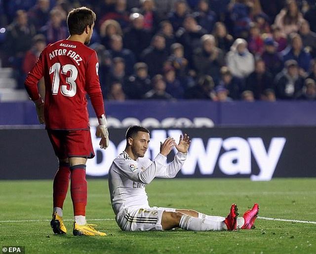 Thua sốc Levante, Real Madrid mất ngôi đầu bảng - 4