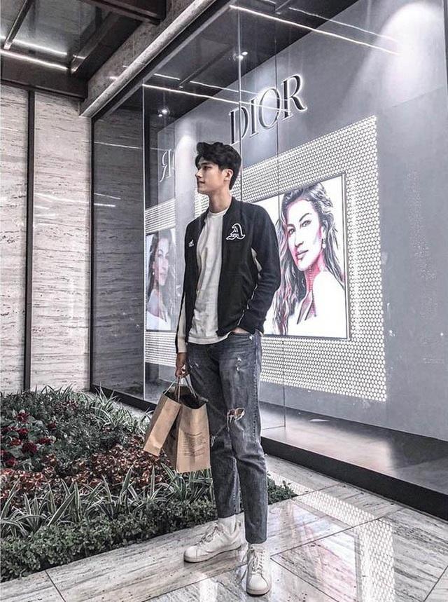Chàng trai Ninh Bình cao tới 1m95, vóc dáng như người mẫu quốc tế - 1