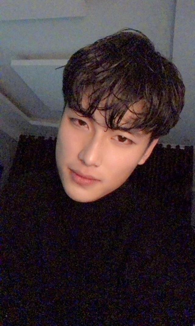 Chàng trai Ninh Bình cao tới 1m95, vóc dáng như người mẫu quốc tế - 2
