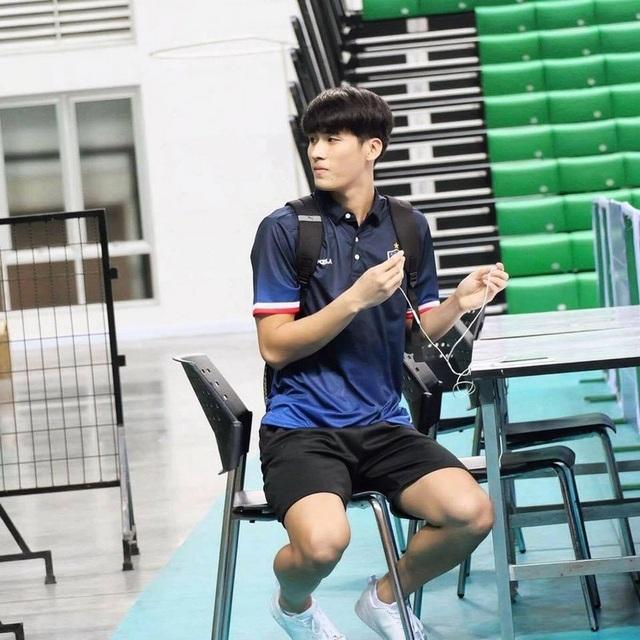 Chàng trai Ninh Bình cao tới 1m95, vóc dáng như người mẫu quốc tế - 3