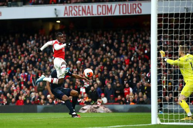 Những khoảnh khắc trong màn ngược dòng của Arsenal trước Everton - 7