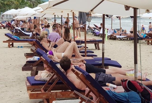 Khánh Hòa đặt mục tiêu đón 3,2 triệu du khách, kích cầu giảm 20-50% - 2