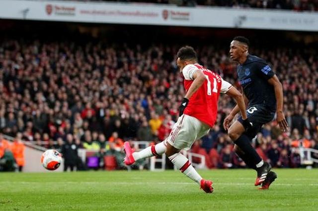 Những khoảnh khắc trong màn ngược dòng của Arsenal trước Everton - 9