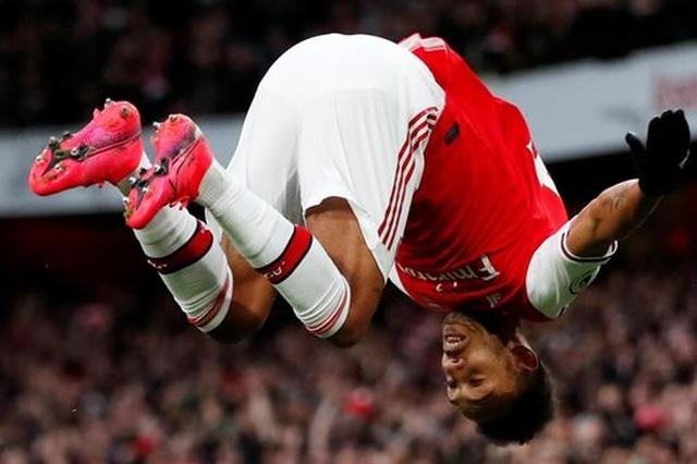 Arsenal 3-2 Everton: Cú đúp của Aubameyang - 5