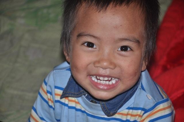Những đứa trẻ bất hạnh bị bố mẹ bỏ rơi sống trong nghèo đói - 5