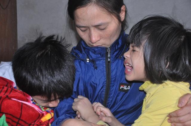 Người mẹ nghẹn ngào cầu xin các nhà hảo tâm cứu con - 2