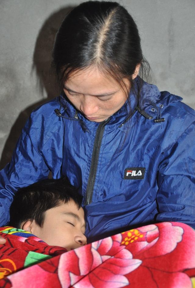 Được giúp đỡ gần 900 triệu đồng, cơ hội mở ra cho cậu bé được ghép phổi - 3
