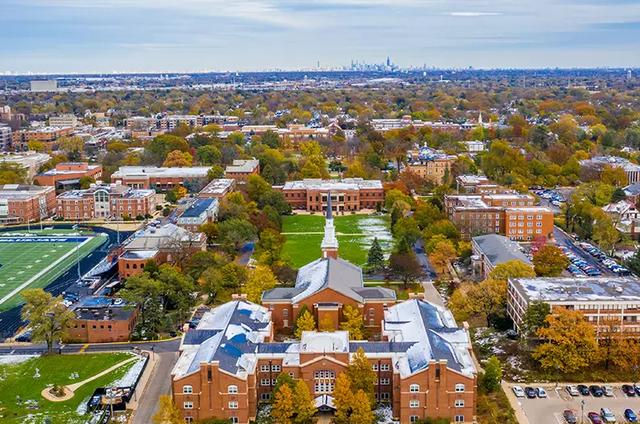 Elmhurst College tuyển sinh học hè trải nghiệm Chicago năm 2020 - 5