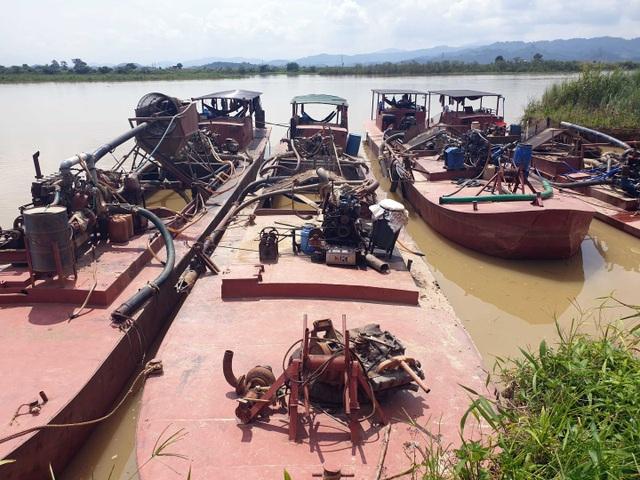 """Báo động tình trạng """"rút ruột"""" sông, người dân bán đất, bỏ nhà tại Đắk Nông - 2"""