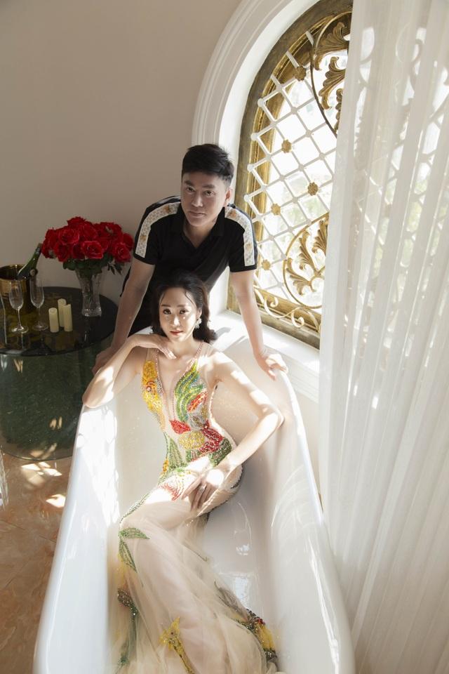 Anika Trinh Trinh diện váy pha lê xuyên thấu - 8