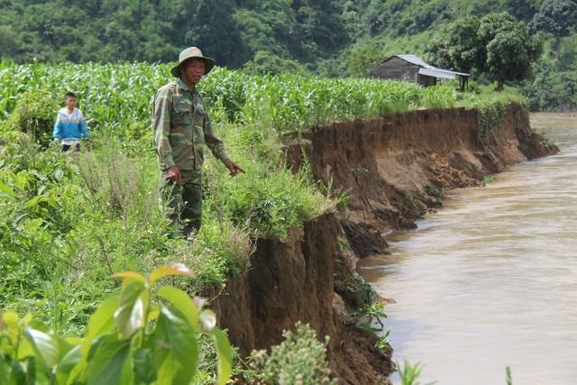 """Báo động tình trạng """"rút ruột"""" sông, người dân bán đất, bỏ nhà tại Đắk Nông - 4"""
