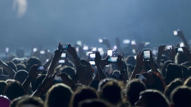 Nghiện điện thoại thông minh có thể làm thay đổi cấu trúc não? - 1