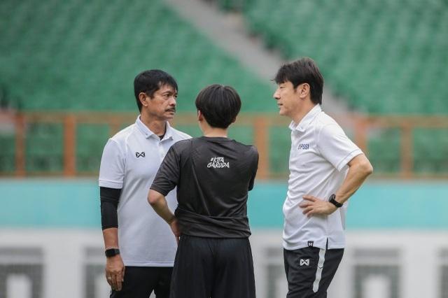 Tiết lộ lý do khó đỡ khiến HLV Indonesia thua muối mặt - 2