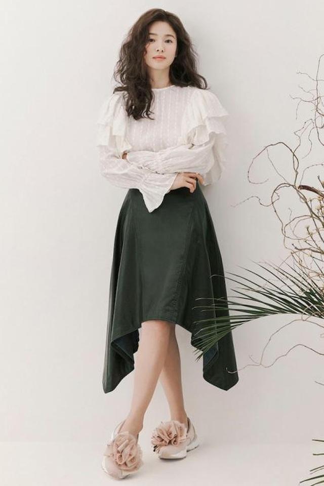 Song Hye Kyo xinh đẹp tại tuần lễ thời trang Milan - 20