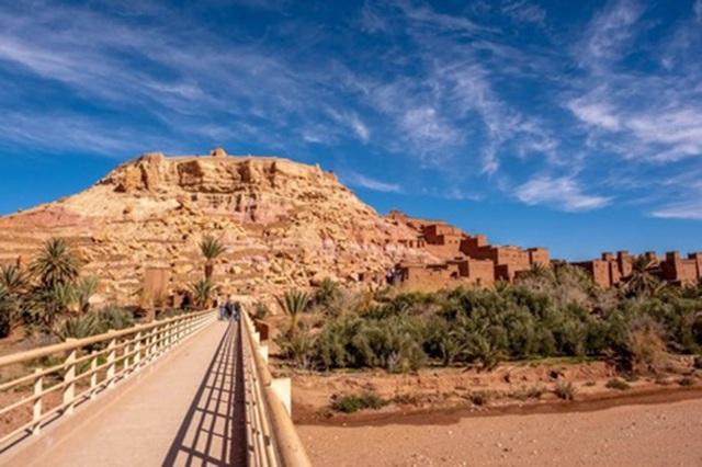 Khám phá kỳ quan thế giới trên sa mạc đỏ - 12