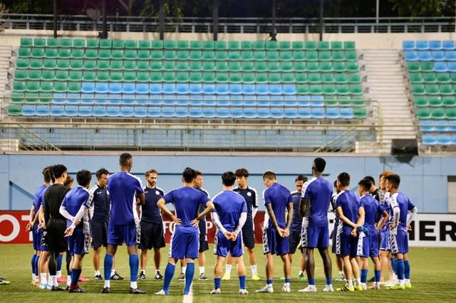 Hougang United - TPHCM: Chờ Công Phượng toả sáng - 2