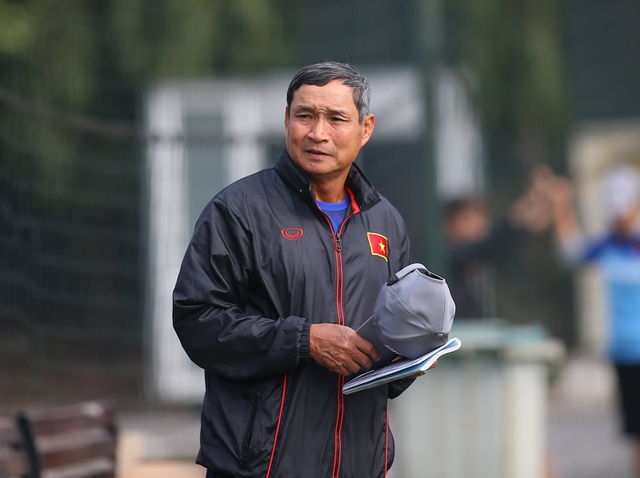 HLV Mai Đức Chung tuyên bố bất ngờ trước cuộc đấu với tuyển nữ Australia - 1
