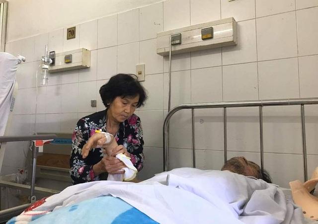 Bác sĩ kêu gọi bạn đọc giúp đỡ người đàn ông bị liệt tứ chi sau vụ tai nạn - 3