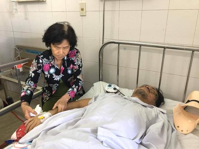 Bác sĩ kêu gọi bạn đọc giúp đỡ người đàn ông bị liệt tứ chi sau vụ tai nạn - 1