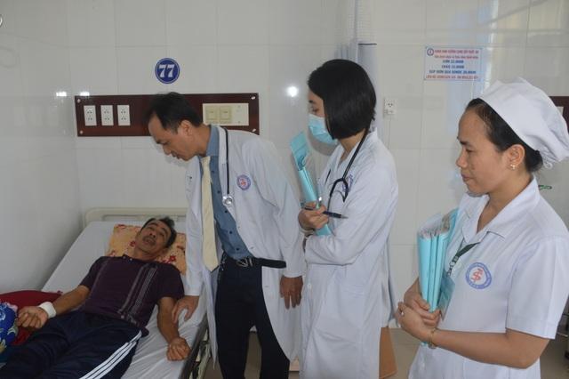 """Người thầy thuốc """"mát tay"""" với bệnh nhân tim mạch - 2"""