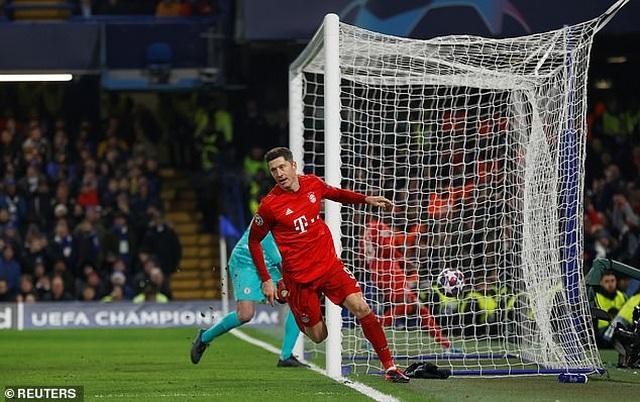 Lewandowski và Gnabry lập nhiều kỷ lục sau trận thắng Chelsea - 1