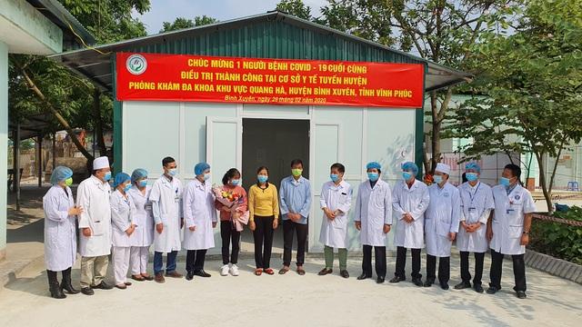 Sáng nay, bệnh nhân nhiễm virus corona cuối cùng ở Việt Nam được xuất viện - 1