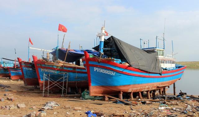 Phú Yên: Lạch biển bồi lấp nghiêm trọng, ngư dân khốn đốn  - 3