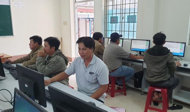 Phú Yên: Thực hư thông tin tăng học phí ô tô lên 20 -30 triệu đồng - 2