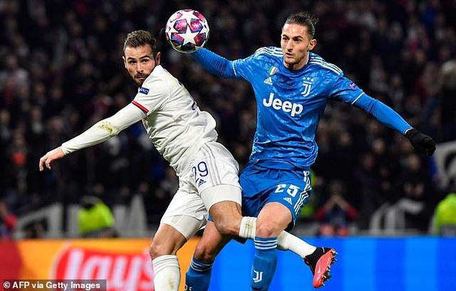 C.Ronaldo đứt chuỗi trận ghi bàn, Juventus thất bại trước Lyon - 2