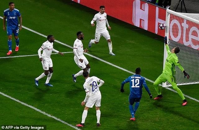 C.Ronaldo đứt chuỗi trận ghi bàn, Juventus thất bại trước Lyon - 3
