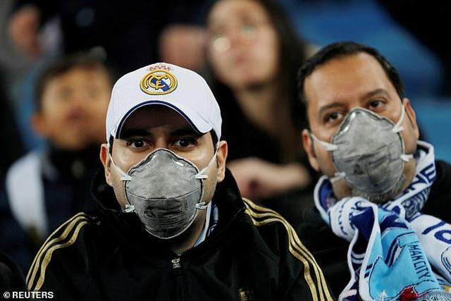 Cầu thủ đầu tiên ở Italia nhiễm virus corona - 1
