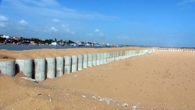 Phú Yên: Lạch biển bồi lấp nghiêm trọng, ngư dân khốn đốn  - 2