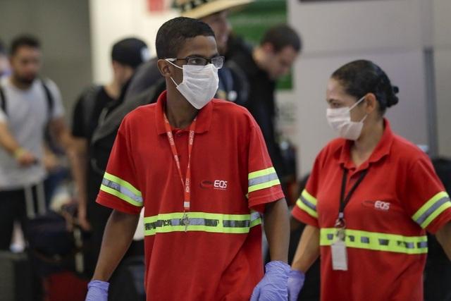 Virus corona lan ra 6 châu lục, WHO không vội vàng công bố đại dịch - 1