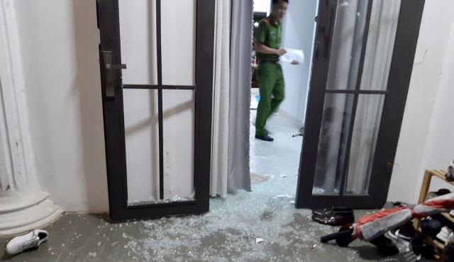 Nhà riêng chủ tịch công ty bất động sản bị đập phá - 2