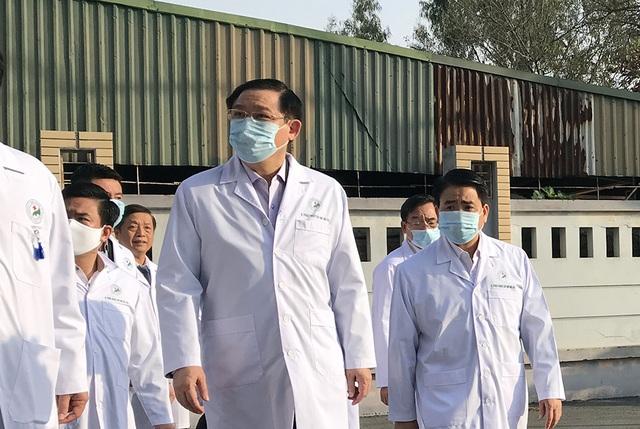 Bí thư Vương Đình Huệ kiểm tra công tác phòng, chống Covid-19 tại bệnh viện - 1